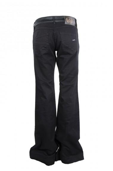 Jeans a zampa, TOY G