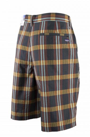 Bermuda thrift Shorts...